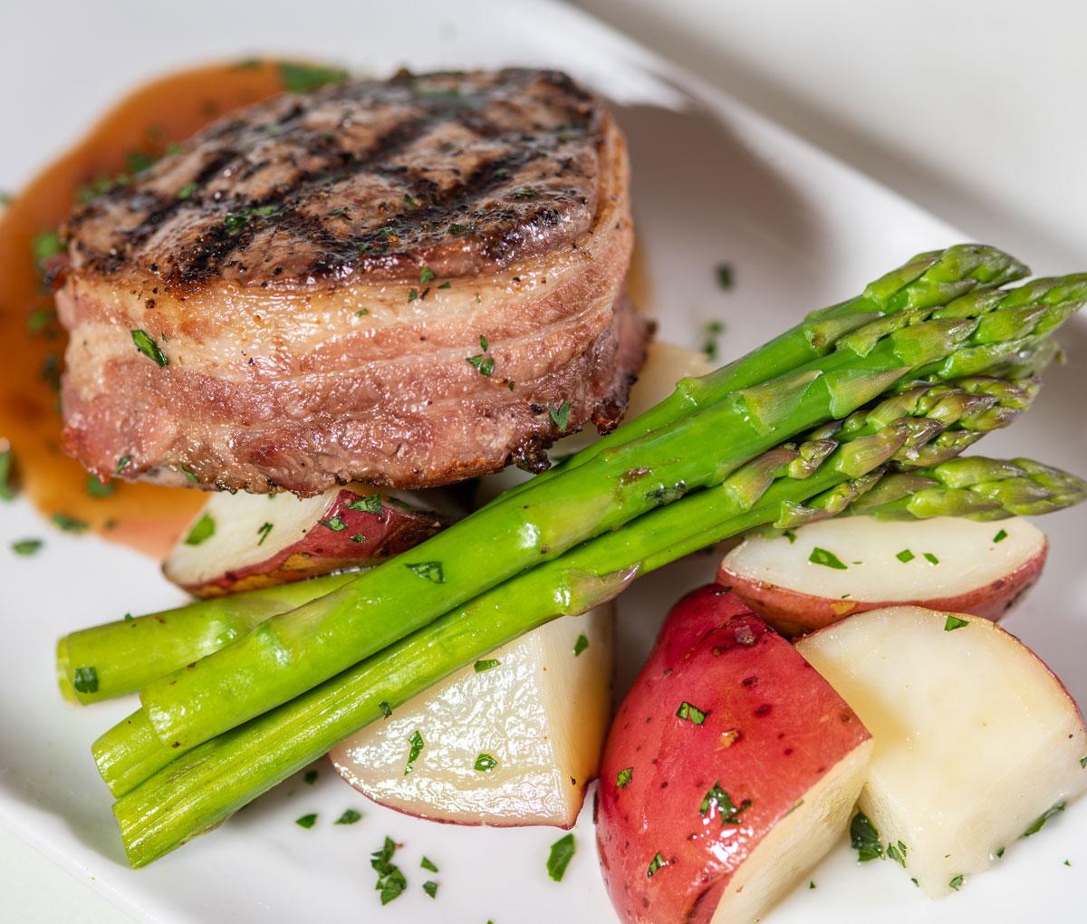 Senior Living: A Recipe for Exquisite and Versatile Dining